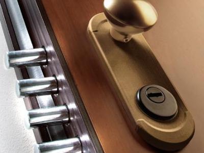 Usi de intrare in apartament antiefractie